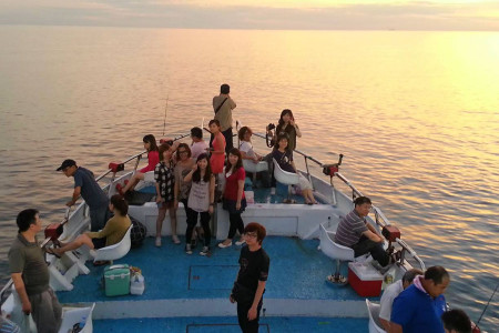 航海家海釣船10